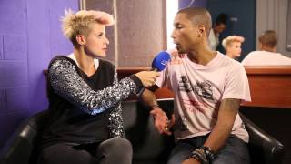 "Pharrell Video - MNM: Pharrell Williams: ""Let's take a #Ussie!"""