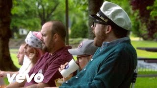 Watch Decemberists Calamity Song video