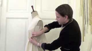 16. How to drape a reversed shawl collar - by bespoke tailor Sten Martin