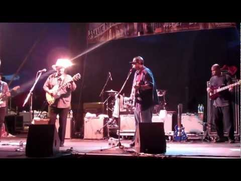 Lonnie Brooks with sons Ronnie and Wayne Baker Brooks close out the 2012 PA Blues Festival (3)!