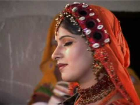 Thari song by Sonia Kanwal and Nirma Kanwal thumbnail
