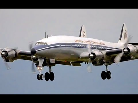 Breitling Super Constellation, DC-3 & Patrouille Suisse in Berne! HD