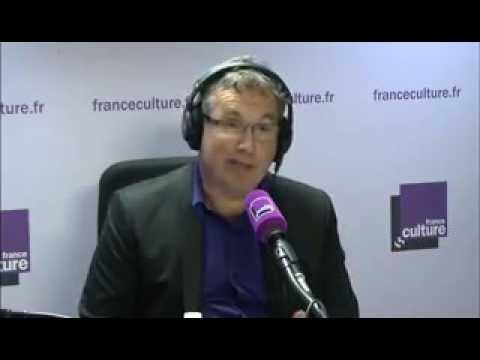 l'Algérie François Hollande évoque le passé douloureux liant l'Algérie et la France