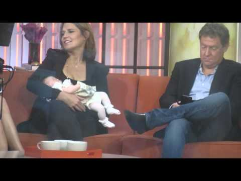 Savannah Guthrie  showing Baby Vale on Today Show for the first time with Husband Mike Feldman
