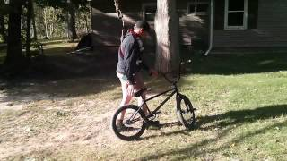 [Dylan Gold Bike Swing] Video