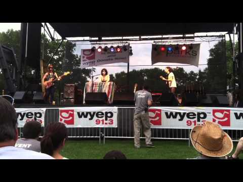"""Taller Children"" - Elizabeth & the Catapult - WYEP Summer Music Festival, Pittsburgh, PA 6/28/2014"