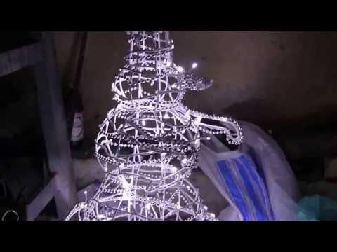Снеговик своими руками из проволоки 95