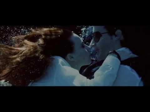 Love Of Lesbian - Wio, Antenas Y Pijamas video