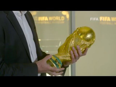 Miroslav Klose visits the FIFA World Football Museum