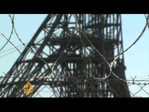 S Africa strikes spread to gold mine