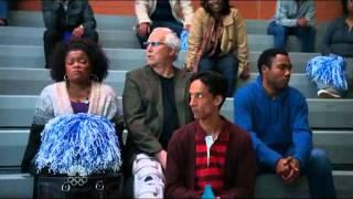 Community.S01E09 Annie Jeff kiss
