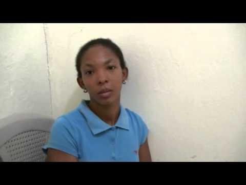 Denuncia medico legista no  atiende su hija por falta de guantes
