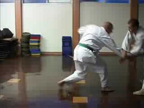 GOJU RYU KARATE - KNIFE DEFENCE TECHNIQUES - Image 1