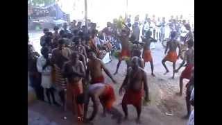 Kulasai Dasara Sivenkudiyeatru 2009 Kapukatuthal In Kulasai Kali aatam by S.DINESH