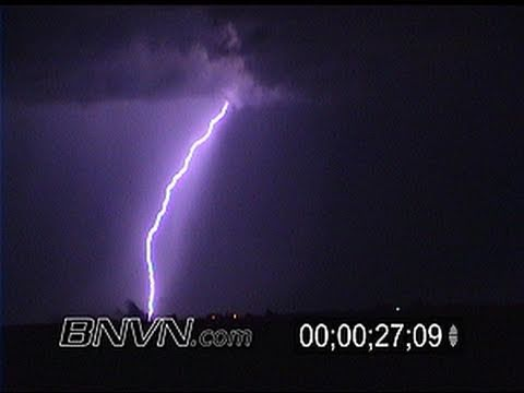 8/22/2001 Lightning footage during the overnight near Lake City, MN