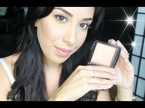 Make your skin GLOW with just ONE product! Review: Ambient Lighting Powders by Hourglass Cosmetics ♥