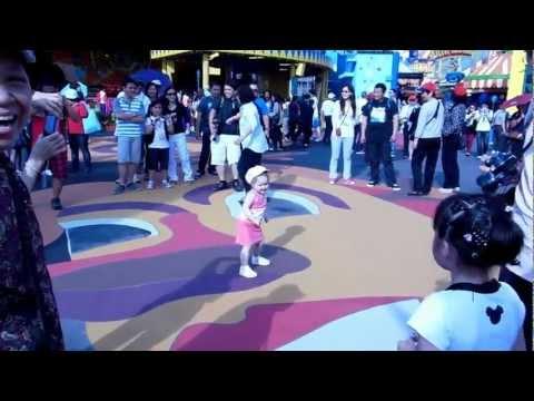 китайцы в шоке от русских детей! танец Arina's dance in Ocean Park (Hong Kong)