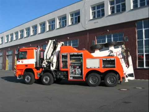 Fire brigade - Hasiči OSTRAVA!!!-Mercedes Benz ACTROS 4154 AK .wmv