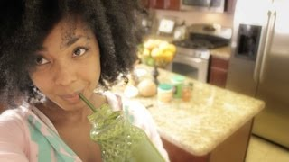 Health - Lose Weight Gain Health Great Skin How To Make a Delicious Green Smoothie Recipe | eHealthChannel.Org