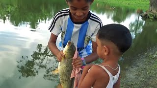 Kids Learn The Fishing Of His Papa! Kids Fishing Videos!