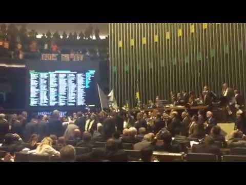 Oposição e integrantes da Força Sindical criticam MP do ajuste fiscal