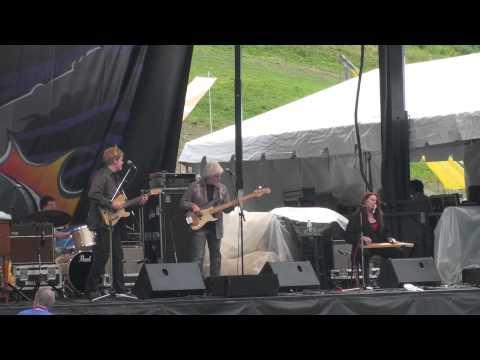 Carolyn Wonderland W/ The John Jorgenson Electric Band - Guitar Town 8-14-11HD Tripod