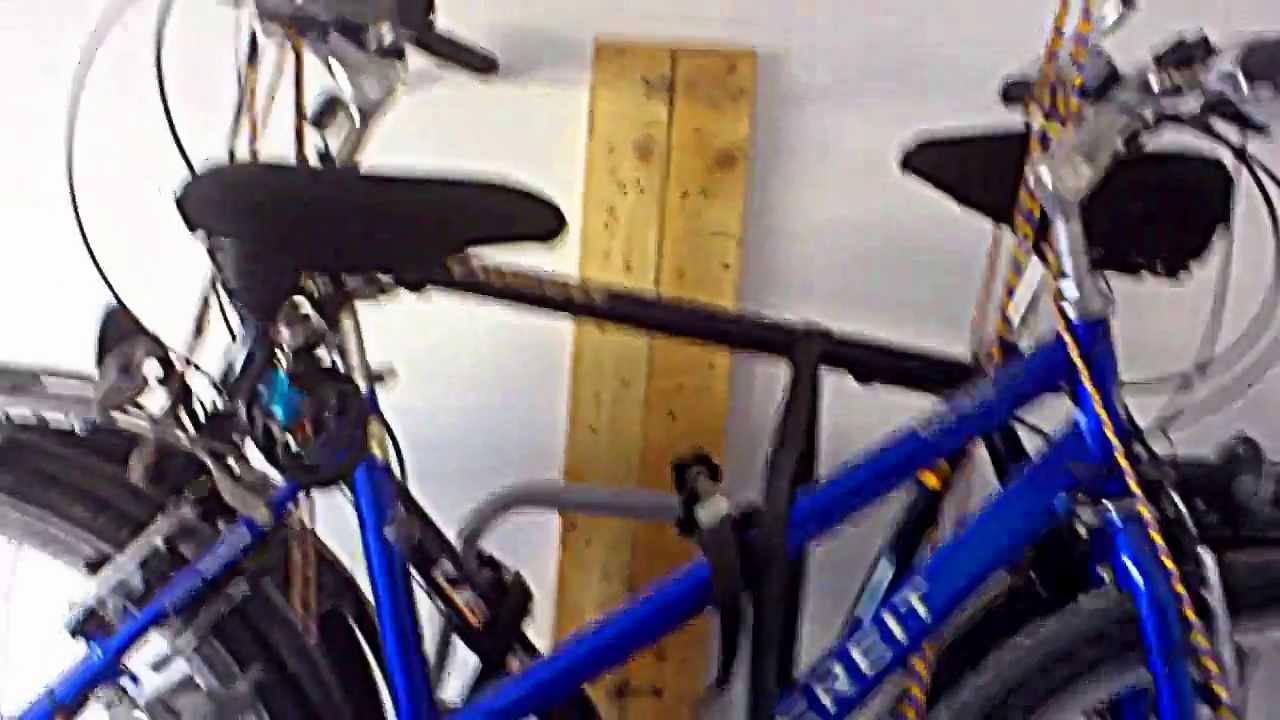 fahrr der und fahrradtr ger an die decke h ngen youtube. Black Bedroom Furniture Sets. Home Design Ideas