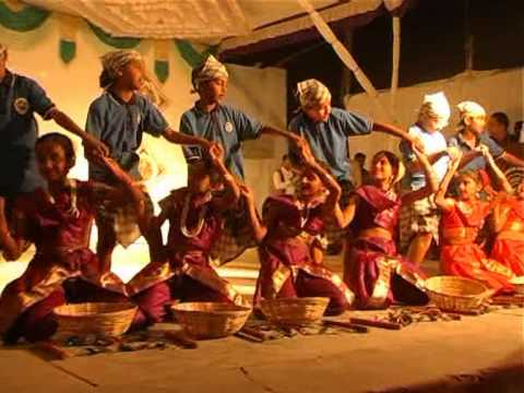 Koli Dance By K.v.no.1 Bhuj On Annual Day Celebration 2012 video