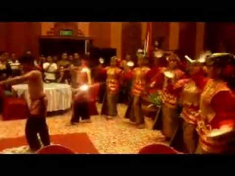 Tari Piring Minangkabau video
