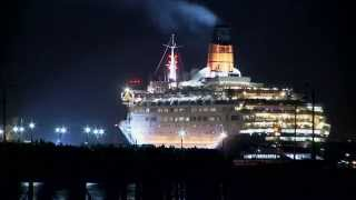 QE2 Says - Farewell to Southampton 11th November 2008