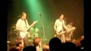 Watch Simple Plan First Date video