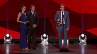 Connor McDavid Wins Hart Trophy over Sidney Crosby   NHL Awards 2017   (HD)