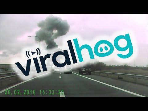 ベルギーの廃棄物処理プラントの大爆発映像
