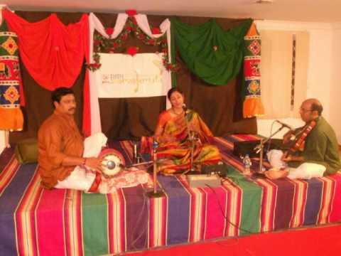 Smt. Nisha Rajagopal RMT Samskruti 2014 Music Concert Series