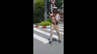 CSGT Q7 Chặn xe bác tài BHDX trên đường Nguyễn Văn Linh và cái kết...