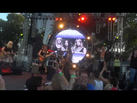 The Bangles walk Like An Egyptian La Pride June 8, 2014 video
