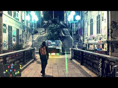 Julie de Muer parcourt les rues de Marseille afin de raconter l'Histoire de la ville au travers des sons, des voix et des histoires qu'elle recueille. Suivez...