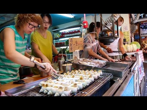 Ultimate Taiwanese Street Food Day: Jiufen and Keelung City (Taiwan Day 10)