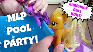 MY LITTLE PONY POOL PARTY! Applejack Gets Hurt! | MayMommy2011