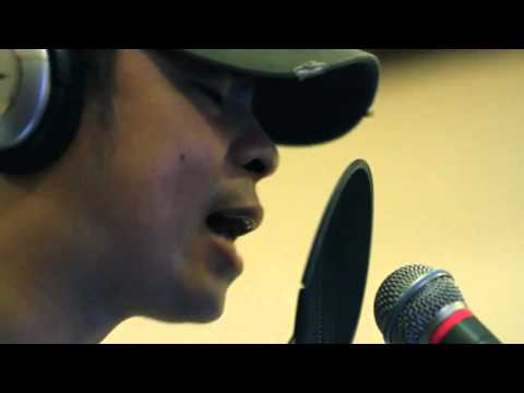 One Hit Combo (official Music Video) - Parokya Ni Edgar Feat. Gloc9 video