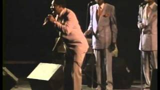 """Show Me The Way"" - Willie Neal Johnson & The Gospel Keynotes"