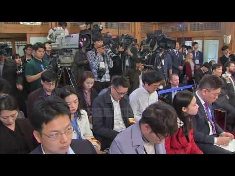 Pence, Në Korenë E Jugut - Top Channel Albania - News - Lajme