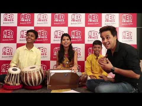 Maithili Thakur with Bauaa Jamming | Chaap Tilak Sab Chinni Re | Sochta hu ke wo kitne masson the