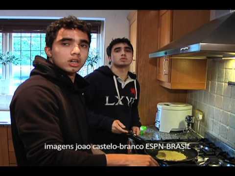 Fabio x Rafael Da Silva: Manchester United Pancake day