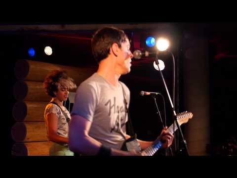 The Thermals - Born To Kill (Live @ KEXP, 2013)