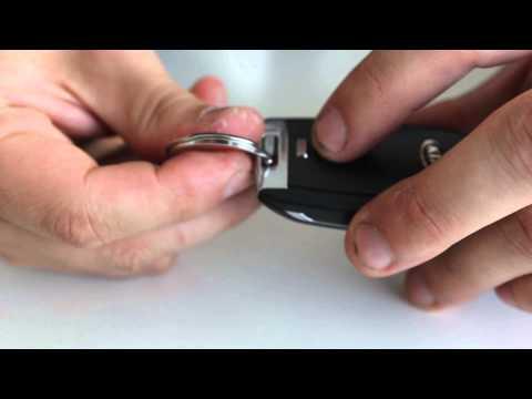 как поменять батарейку в ключе kia rio