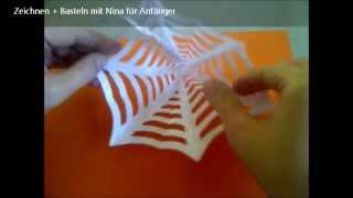 Bastelideen Halloween. Spinnennetz aus Papier. How to make spider