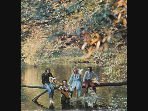 Paul McCartney and Wings -Love Is Strange-