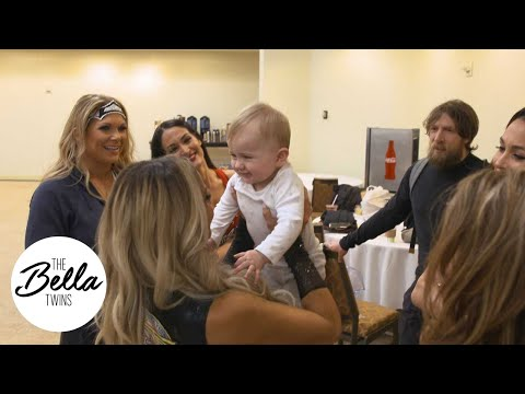 BIRDIE becomes BFFs with TRISH STRATUS, MICKIE JAMES, NIA JAX and MICHELLE MCCOOL!