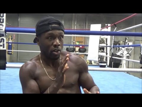 (MUST SEE!!!) ANDRE BERTO DESCRIBES WHAT FIGHTING FLOYD MAYWEATHER IS LIKE; GIVES BEST DETAILS